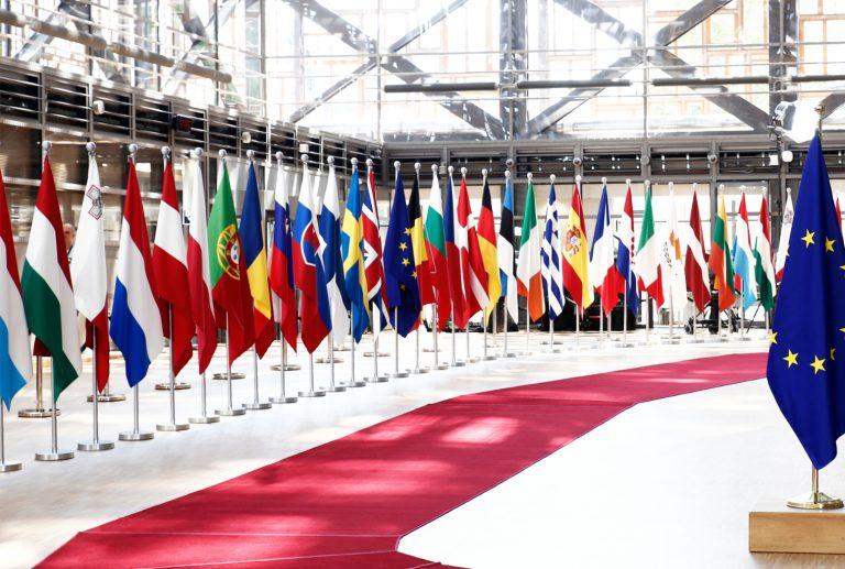 Los países de la UE comienzan a regular la criptomoneda como lo exige la nueva directiva